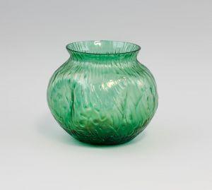 8335062 Glas Vase Jugendstil Wilhelm Kralik Eleonorenhain Böhmen Lenora um 1900