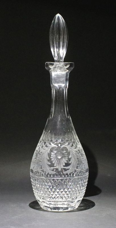 8335048 Handgeschliffene Karaffe Glas Kristall Böhmen um 1930