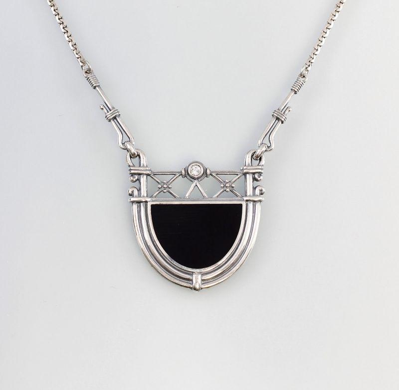 Collier m. Swarovski-Stein u. großer Onyxplatte 9901327