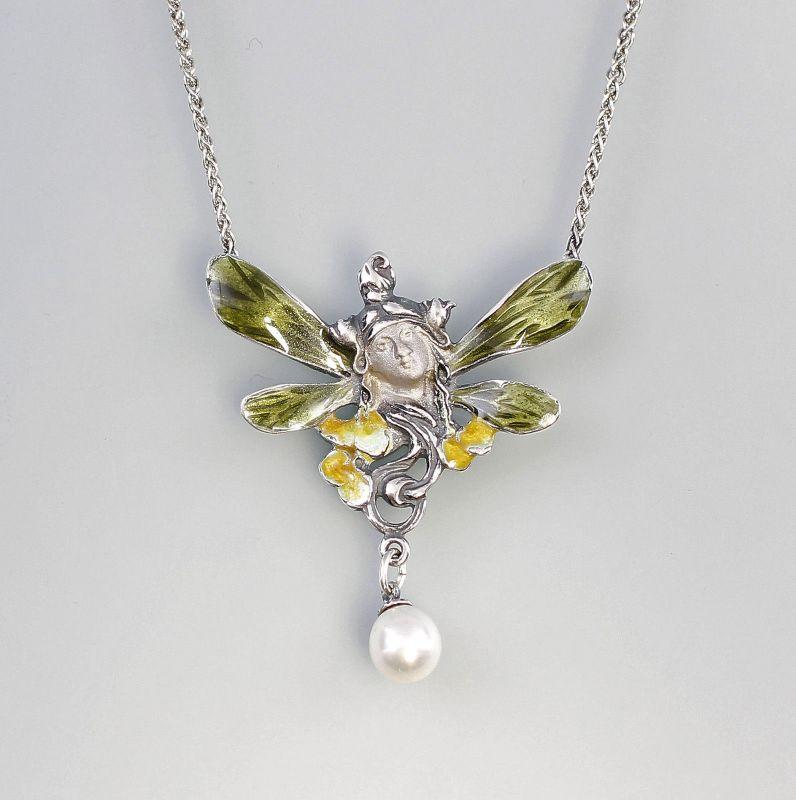 Emailliertes Collier mit Perle Elfenkopf 9901297