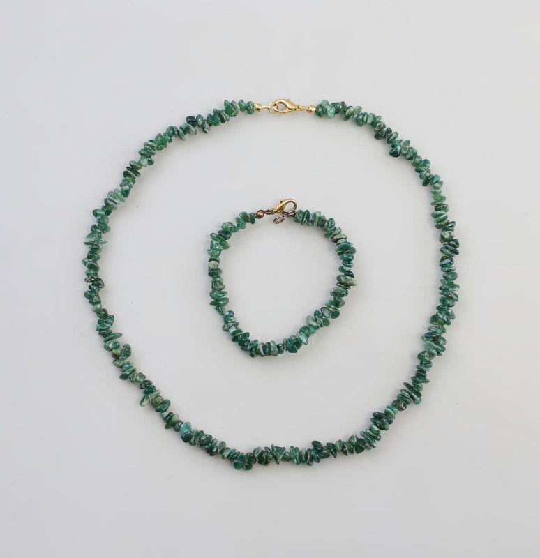 Grüne Steinkette mit passendem Armband Set 99825426