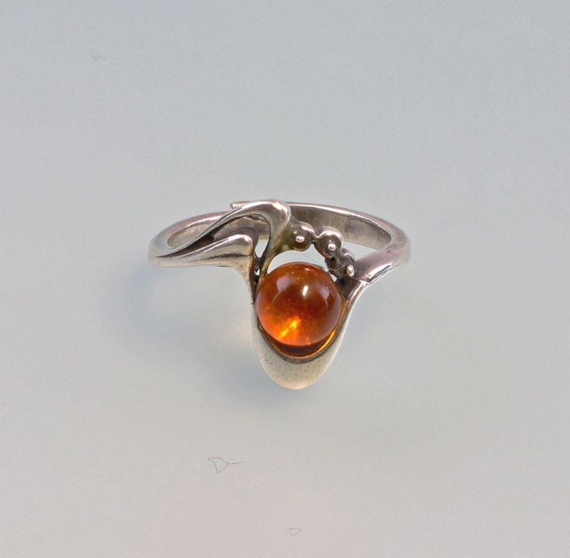 8325248 Silberner Bernstein Ring 925er Silber