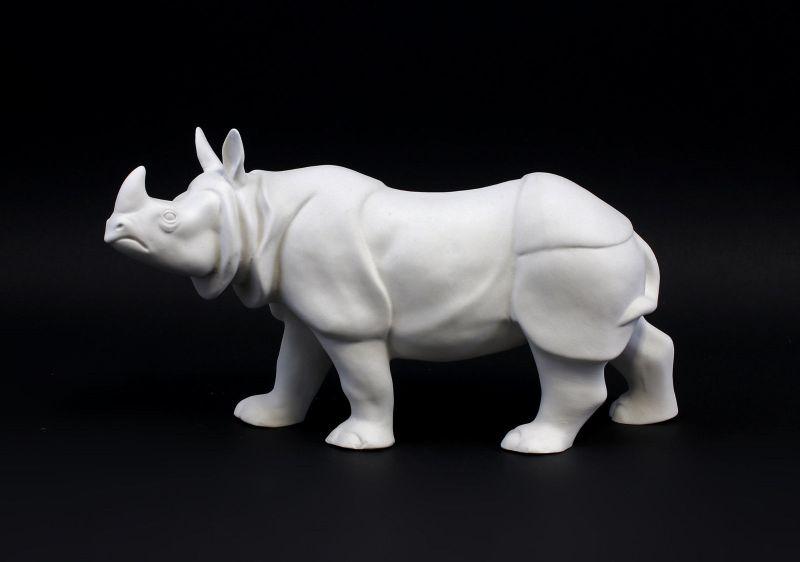 9942152 Porzellan Figur Nashorn weiß bisquit Wagner&Apel 26x8x15cm