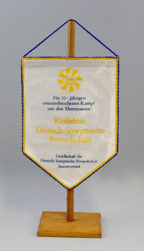 DDR Wimpel 15 Jahre Kampf Kollektiv Deutsch-Sowjetische Freundschaft DSF 9990132