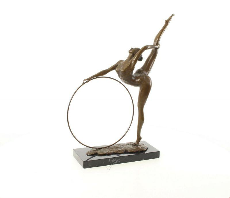9973479-dss Bronze Skulptur Figur Reifen Tänzerin 57x14x46cm