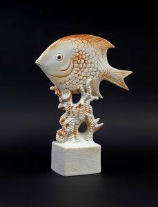 Porzellan Figur Aquarium Fisch Bisquit rot Wagner & Apel 7x24cm 9942577