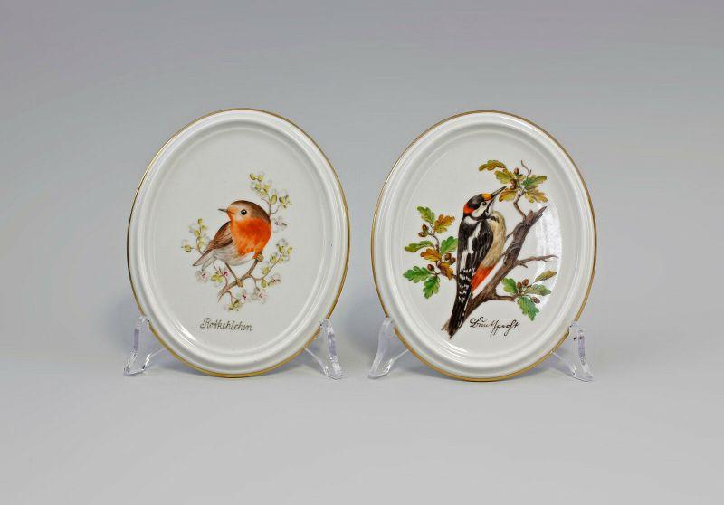 99840131 2 Porzellan Bildplatten Buntspecht Rotkehlchen Kämmer handbemalt
