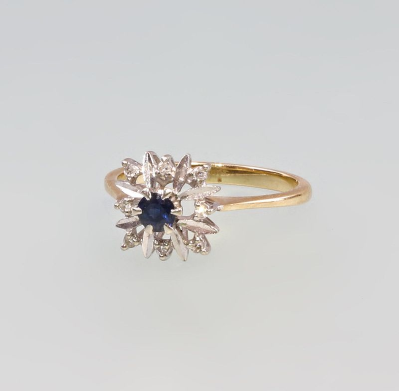 8325193 Floraler Saphir-Brillant-Ring 750er GG Gold Gr. 57/58