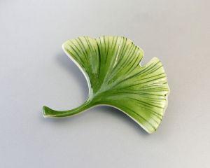 Grüne Ginkgo-Blatt Porzellan Brosche Kämmer 6x5cm 9944240