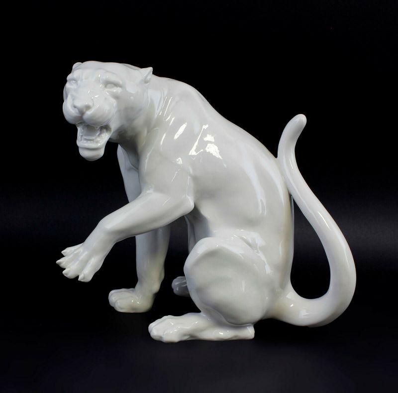 9942545 Porzellan Figur Wagner&Apel Panther weiß glasiert 25x15x22cm