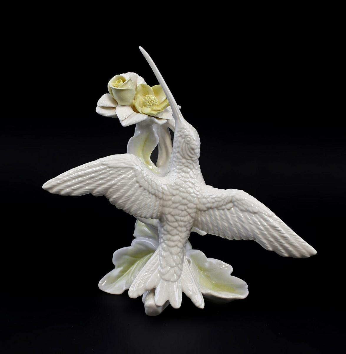 9959479 Porzellan Figur Kolibri weiß gelbe Blüte Vogel Ens 17x10x17cm