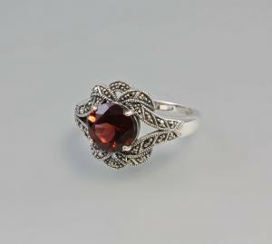 925er Silber Ring mit Markasiten und Granat Gr.56 9903076