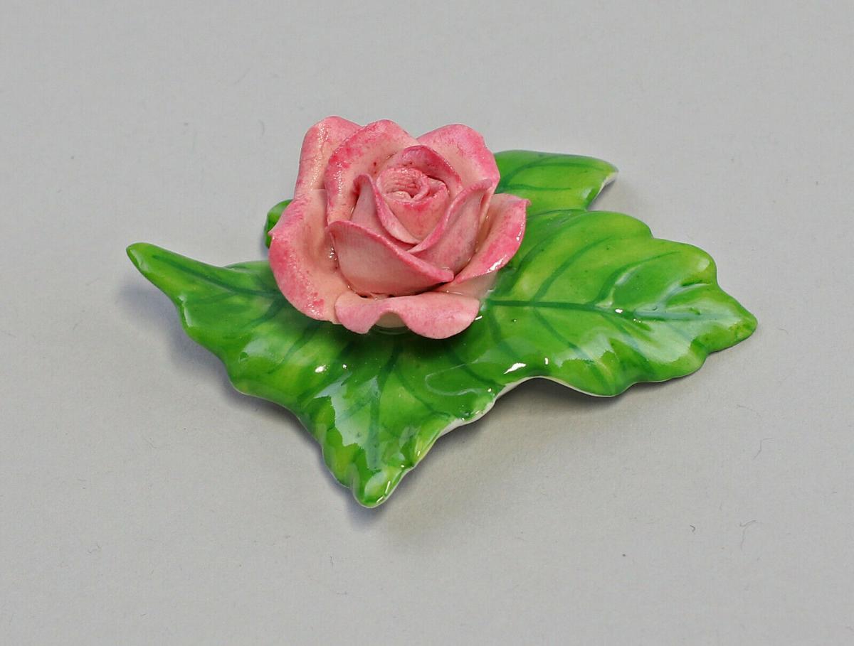 9959620 Porzellan Figur Tischblume Rose purpur rosa Ens 7x5x3cm