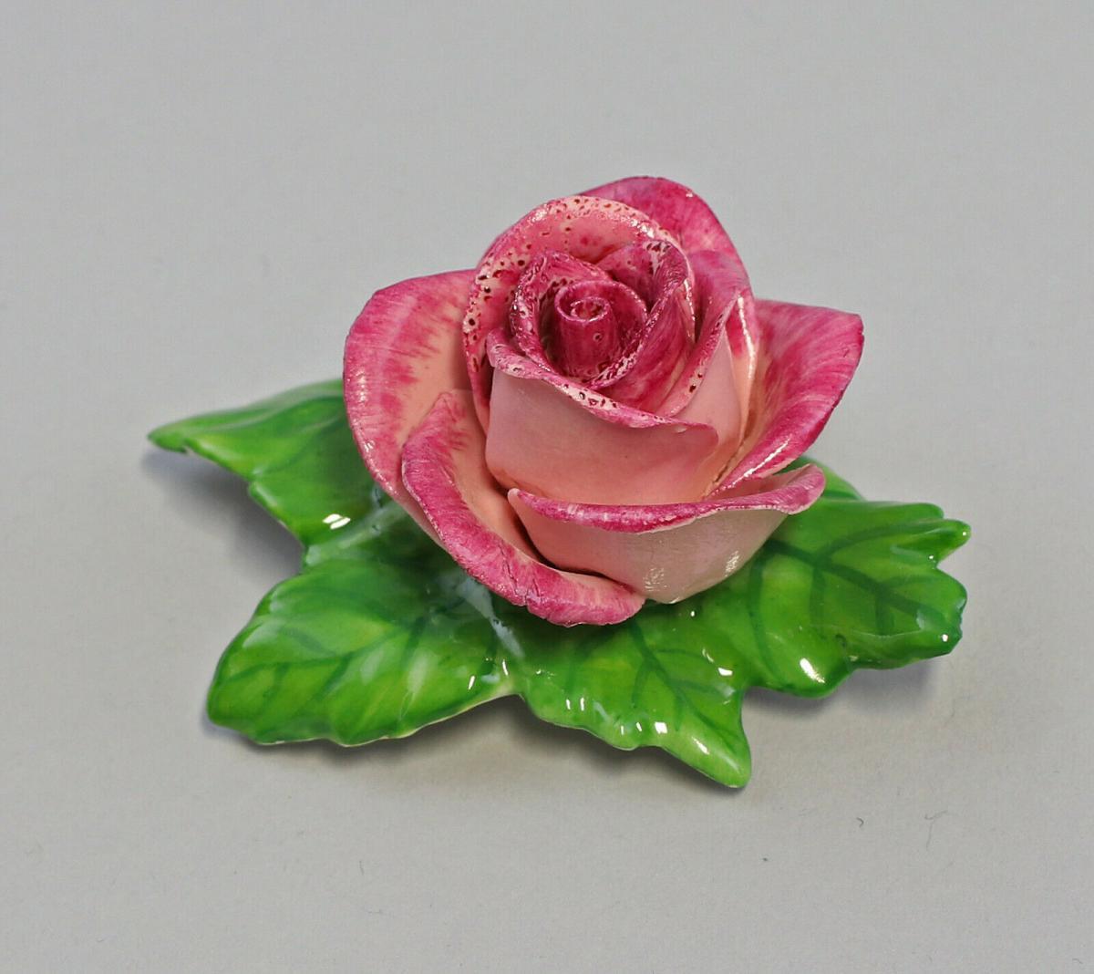 9959619 Porzellan Figur Tischblume Rose purpur rosa Ens 7x5x3cm