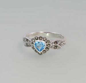 9927577 925er Silber Blautopas Markasiten Ring Herz  Gr. 56
