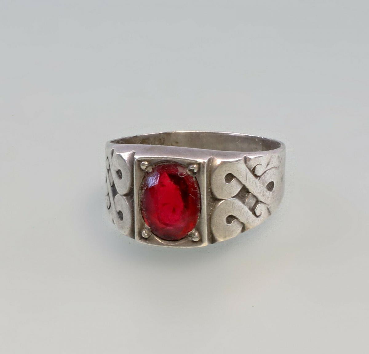 99825544 Ring mit rotem Stein Silber Gr.57