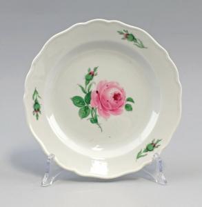 8440032 Porzellan Kuchenteller Meissen Neuer Ausschnitt Meissner Rose D 18 cm