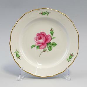 8440031 Porzellan Kuchenteller Meissen Neuer Ausschnitt Meissner Rose D 18 cm