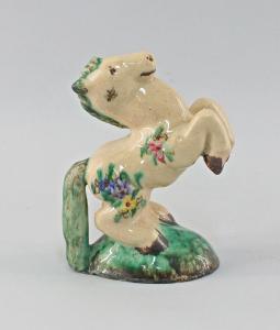 8445004 Keramik Figur Bäumendes Pferd Parus Speck & Co. um 1930 Laufglasur
