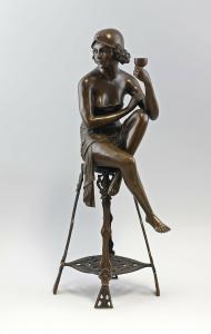 9937943-dss Bronze Sitzende Art déco Dame Mir