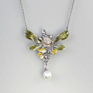 9901297 emailliertes Collier mit Perle Elfenkopf