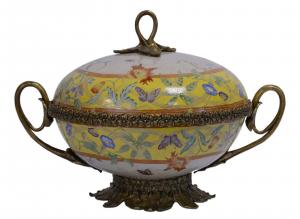 99937808-dss Messing Keramik Terrine Deckeldose Historismus prunkvoll 29x39x27cm