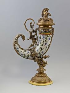 9937566-dss Prunkvoller Tafelaufsatz Trinkhorn Drachen Keramik Bronze