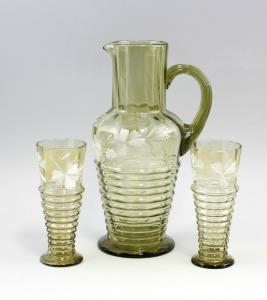 99835061 Glas Schenk-Garnitur Historismus 19. Jh. Emailfarben floral bemalt