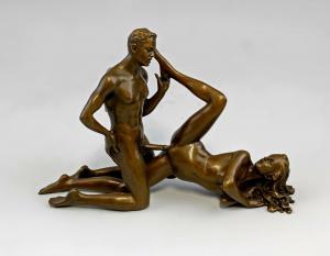 9937829-dss Bronze Skulptur Patoue Liebendes Paar Akt erotisch 20x5x13cm