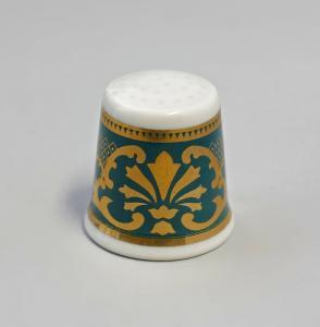 9988234 Kämmer Porzellan Fingerhut Blume Ornament gold/grün 2,5x2,6cm