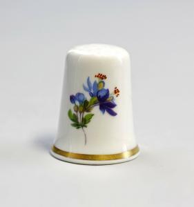 9988204 Kämmer Porzellan Fingerhut Blume blau 2,4x3cm