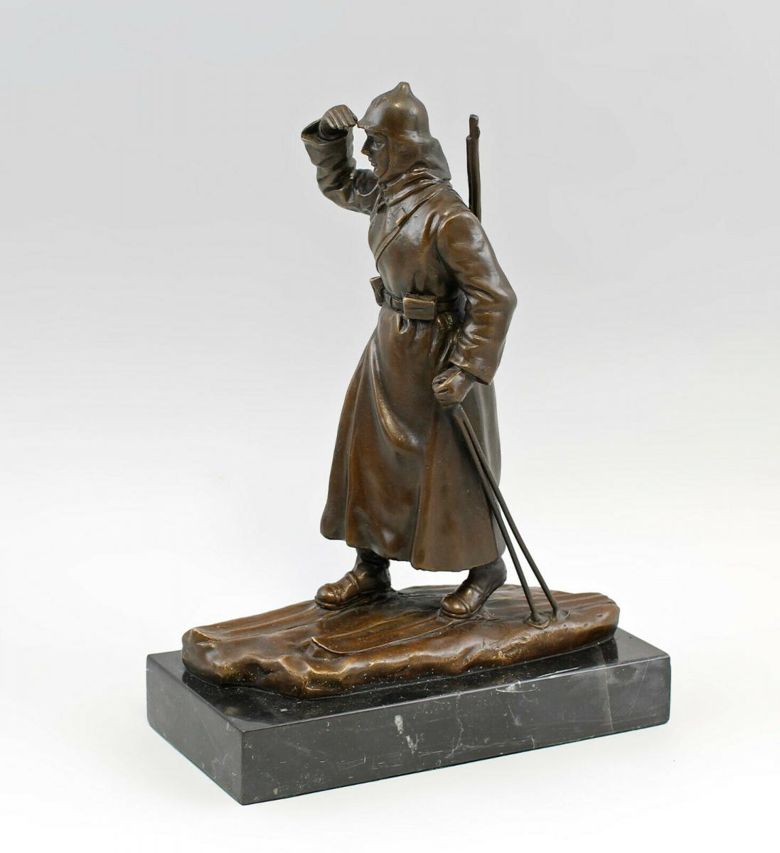 9937973-dss große Bronze Skulptur Figur Soldat auf Ski Rote Armee 2