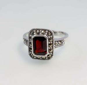 9927098 925er Silber Ring Granat Markasiten neu Gr.53