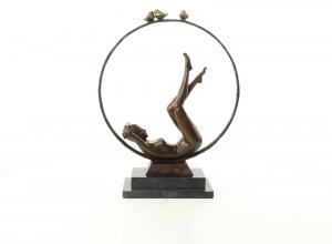 9937559-dss Bronze Figur Skulptur Akt Mädchen Nackte im Reifen 37x13x47cm