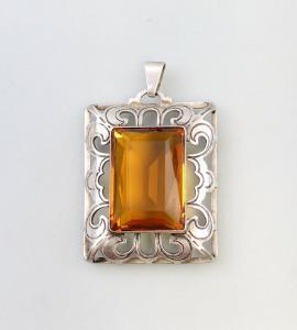 8325138 835er Silber Silberanhänger mit honigbraunem Stein alt Handarbeit
