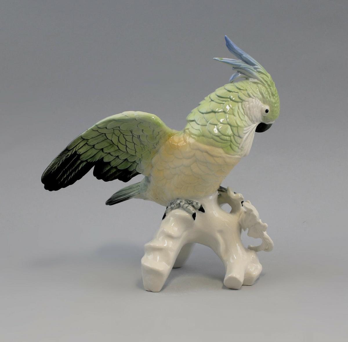9959090 Porzellan Figur Kakadu fliegend hellgrün gelb Ens 23x20 cm 2