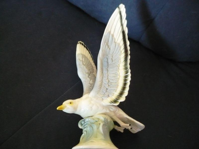 Antik Porzellan Hertwig Katzhütte Möwe Vogel Seevogel Figur Porzellanfigur (20)