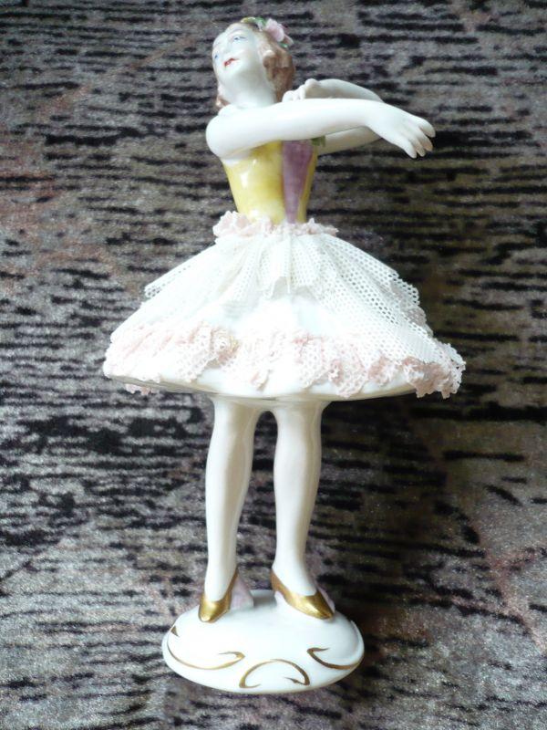 Tänzerin - weiß/rosa Kleid mit gelber Corsage (83)