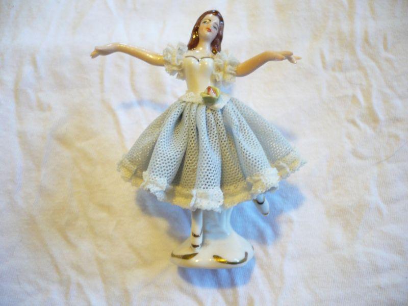 Ballett-Tänzerin (blaues Kleid)   (98)