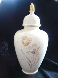 Deckel-Vase    (143)
