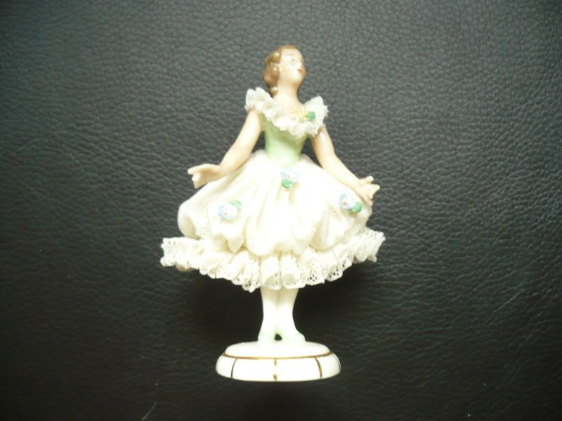 Tänzerin Kleid weiss mit grünem Mieder   (182)