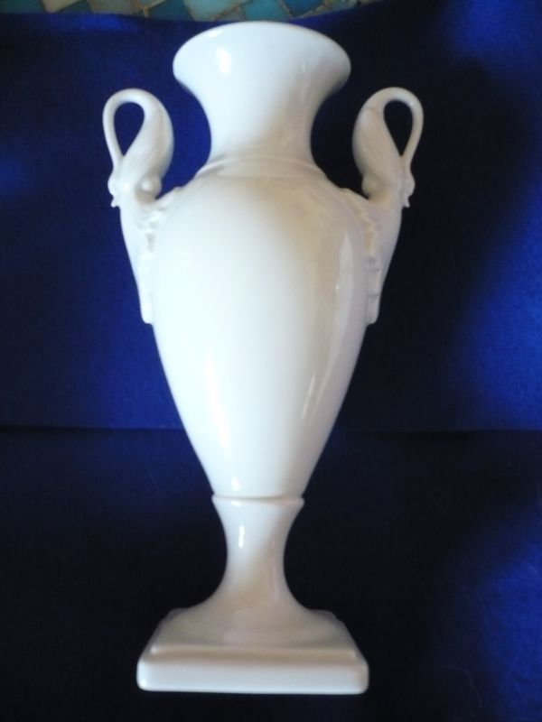 Schwanenhals-Amphoren-Vase  (295)