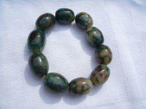 Jadeit Zugarmband - olivenförmige Steine (397)