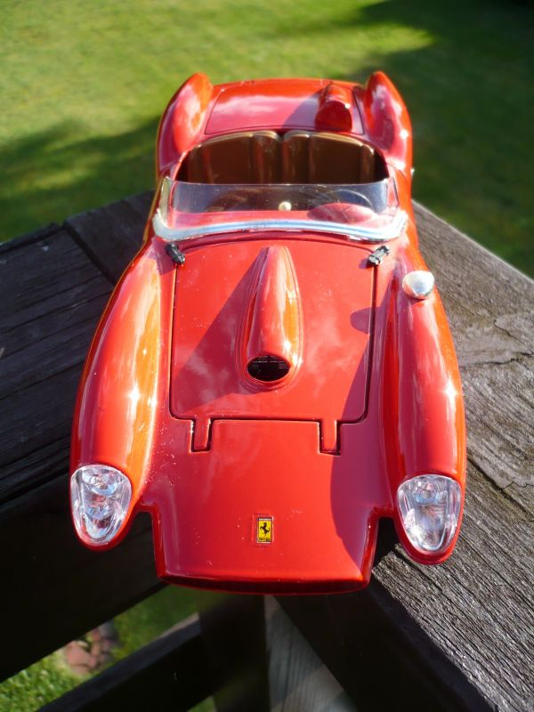 Modellauto Burago Modellauto 1:18 Ferrari 250 Testa rossa 1957 (485)