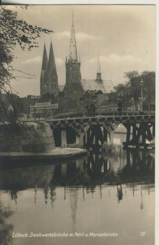 Lübeck v. 1950 Brücke mit Kirche (AK690)