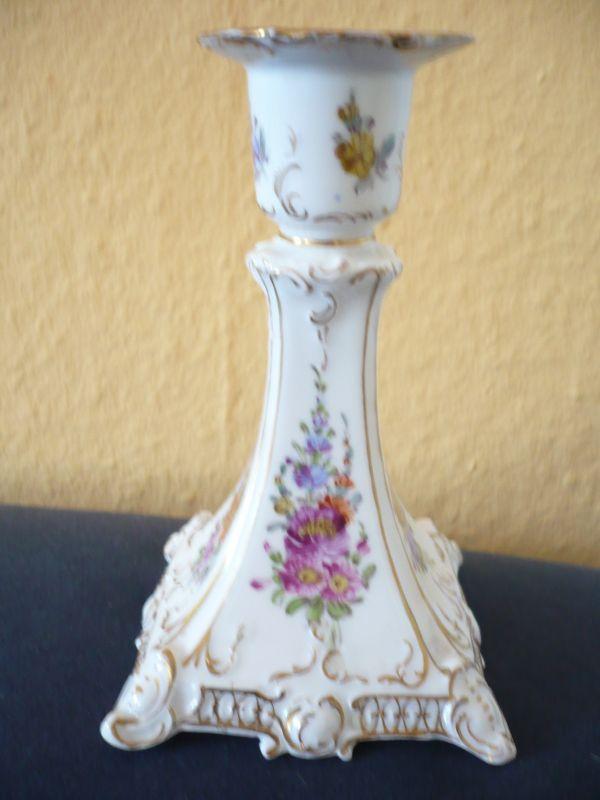 Porzellan Kerzenleuchter mit Blumenmalerei und Goldstaffage (583)