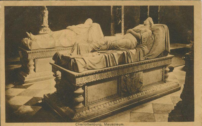 Charlottenburg v. 1922 Mausoleum (AK1192)