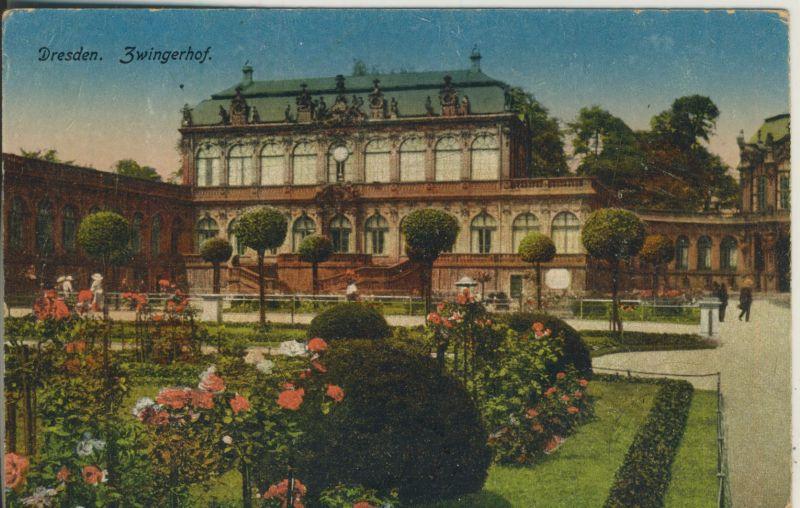 Dresden v. 1918 Der Zwingerhof (AK1197)