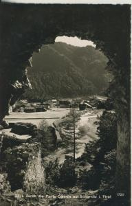 Scharnitz v. 1960 Blick durch die Porte Claudia auf Scharnitz (AK1353)