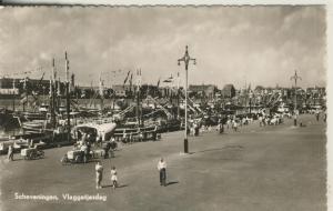 Scheveningen v. 1935 Vlaggetjesdag (AK1991)